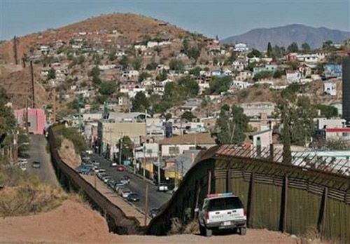 illegalimgmay12bweb9as Illegal Immigration Watch: Sessions Amendment Passes   To Build 370 Miles of Triple Layer Fence Along Mexican Border